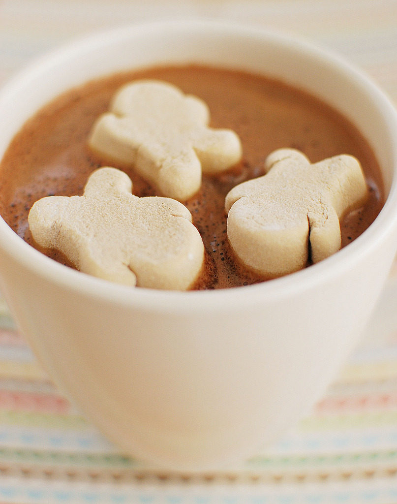 Gingerbread Hot Chocolate Recipe
