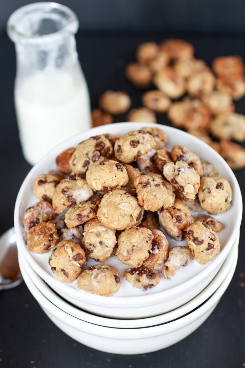 Recipe: Oatmeal Chocolate Chip Cookie Cereal
